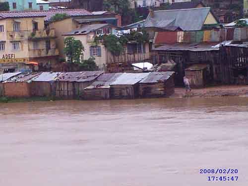 cyclone-ivan.jpg