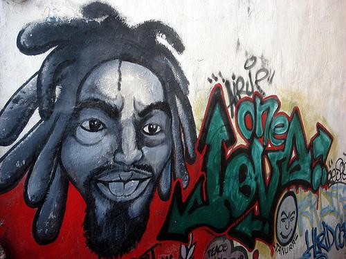 Graffiti on the wall. Photo by Tahina