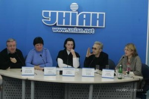 Harm Reduction Awarness Press-Conference, Kyiv (Pavel Kutsev is second from the right)