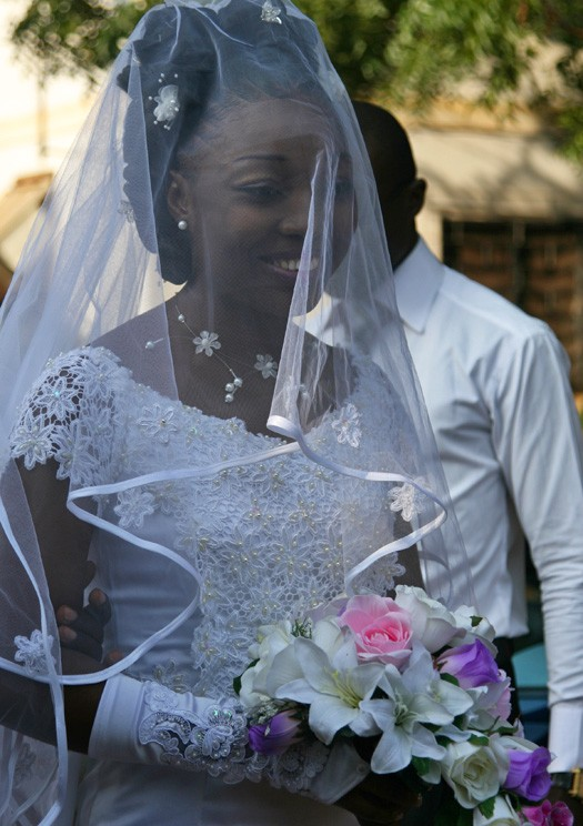 Ivorian Wedding. Image by Elia Varela Sera