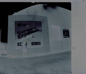 campus party pin hole image