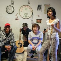 "Kelly Fraser and her band The Easy Four. See our article ""An Unashamed Inuk"""