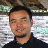 Portrait of Ilham Nurwansah, Sundanese language activist.