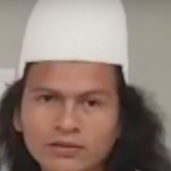 A small portrait of Gunawin Oscar Chaparro